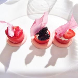 Glaces à la fraise, sirop grenadine, brousse du Rove